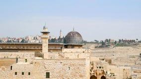Al-Aqsamoské på tempelmonteringen i Jerusalem, gammal stad, Israel Viiew till Mount of Olives fotografering för bildbyråer