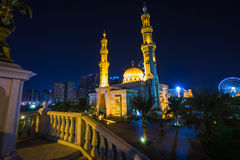 al arabskich emiratów meczetowy noc noor Sharjah jednoczący Fotografia Stock