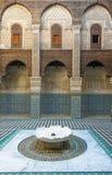 Al Attarine Madrasa i Fez, Marocko Arkivfoto