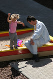 Al campo da gioco per bambini Fotografia Stock