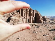 Al-Deil Monastery von PETRA lizenzfreies stockfoto