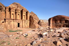 Al Deir монастыря в Petra, Джордане Стоковая Фотография