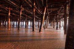 Al di sotto del pilastro di Santa Monica Fotografie Stock Libere da Diritti