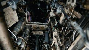 Al di sotto di un predatore di RAF salti il getto, dentro sotto la fusoliera video d archivio