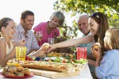 al dining family fresco στοκ εικόνες με δικαίωμα ελεύθερης χρήσης