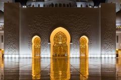 al för abu som 2 var arabisk, som är facket kan emirates för landsdhabieid forty friday som samlar in storslagen hh börjat key st arkivfoto