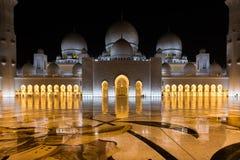 al för abu som 2 var arabisk, som är facket kan emirates för landsdhabieid forty friday som samlar in storslagen hh börjat key st royaltyfria bilder