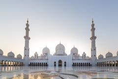 al för abu som 2 var arabisk, som är facket kan emirates för landsdhabieid forty friday som samlar in storslagen hh börjat key st royaltyfri bild
