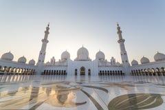 al för abu som 2 var arabisk, som är facket kan emirates för landsdhabieid forty friday som samlar in storslagen hh börjat key st royaltyfri foto