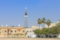 Al Faisaliah Tower i Riyadh Arkivfoto