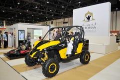 Al Forsan pustyni pojazdy przy Abu Dhabi Międzynarodowym polowaniem i Equestrian wystawą (ADIHEX) obrazy royalty free