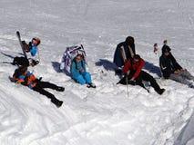 Al freskolunch op de skihelling Stock Afbeeldingen