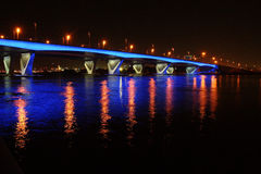 Al Garhoud Bridge i Dubai Royaltyfri Foto