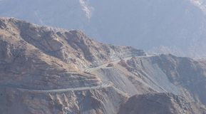 Al Hada Mountain nella città di Taif, Arabia Saudita con la bella vista della strada di Al Hada e delle montagne fra le montagne fotografia stock libera da diritti
