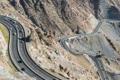 Al Hada Mountain in Taif-Stad, Saudi-Arabië met Mooie Mening van Bergen en Al Hada-weg inbetween de bergen stock fotografie