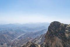 Al Hada Mountain in Taif-Stadt, Saudi-Arabien mit schöner Ansicht der Gebirgs- und Al Hada-Straße zwischen den Bergen lizenzfreie stockfotos
