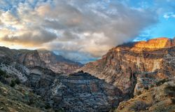 Al Hajar Mountains in Oman Stock Foto's