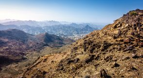 Al Hajar Mountains van Fujairah stock fotografie