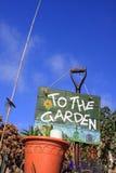 Al jardín 3 Imágenes de archivo libres de regalías