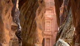 Al Khazneh或在Petra,约旦的财宝 免版税库存图片
