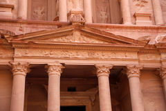 Al Khazneh eller kassan på Petra, Jordanien Fotografering för Bildbyråer