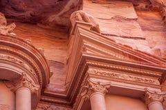 Al-Khazneh famoso o Hacienda de la tumba en el Petra Fotografía de archivo libre de regalías