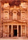 Al Khazneh - le trésor de la ville antique de PETRA Image libre de droits