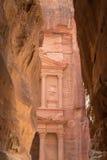 Al Khazneh o el Hacienda en Petra, Jordania Imagen de archivo libre de regalías