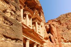 Al-Khazneh The Treasury at Petra in Jordan Stock Photos