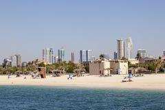 Al Mamzar Beach i Dubai Arkivbild