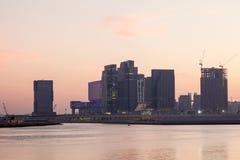 Al Maryah Island en Abu Dhabi imagen de archivo
