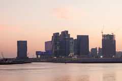 Al Maryah Island i Abu Dhabi fotografering för bildbyråer