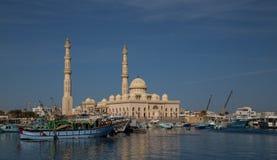 Al Mina Mosque Royaltyfri Foto