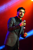 Al-Mohandis d'Majid de chanteur exécute sur l'étape pendant le grand concert des récompenses 2016 de musique d'Apple Photos libres de droits