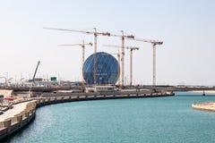 Al Muneera kanał z nowymi mostami w Abu Dhabi Zdjęcia Royalty Free