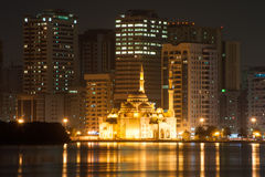 Al Noor Mosque na noite em Sharjah, UAE Fotos de Stock Royalty Free