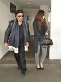Al Pacino d'acteur et amie chez LAX photo libre de droits