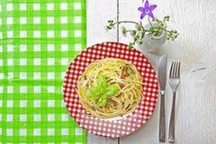 Al Pesto van de spaghetti Stock Foto