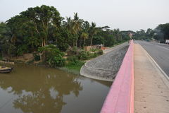 al ponte di halda Halda Nodi/fiume, un fiume laterale e un'altra diramazione Immagine Stock