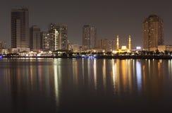 Al Qasba Canal en ferris rijden - Oog van de Emiraten, Sharjah, de V.A.E Royalty-vrije Stock Afbeeldingen