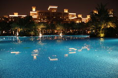 Al Qasr van Doubai * Madinat Jumeirah * pool Stock Foto's