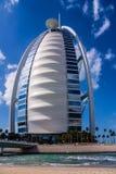 Al van Burj Arabisch, zeil-vormig hotel Stock Afbeeldingen
