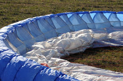 Ala accionada del paracaídas Foto de archivo libre de regalías