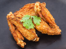Ala de pollo frito Fotos de archivo