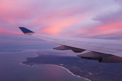 Ala de un aeroplano Fotos de archivo