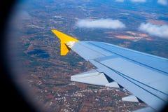 Ala del aeroplano y campo de Portugal Imagen de archivo libre de regalías