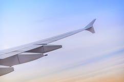 Ala dell'aeroplano dalla finestra Fotografia Stock Libera da Diritti