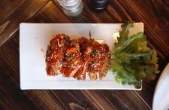 Ala di pollo con salsa barbecue Fotografia Stock