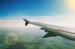 Ala di un aeroplano Immagini Stock