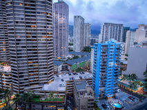 Ala Moana blvd en Waikiki Stock Foto